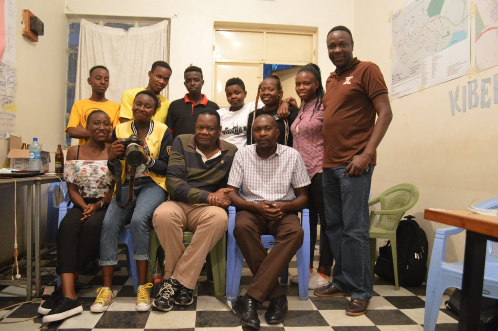 KNN trainees and trainers with the two mentors: Jacob Otieno Omollo and Stafford Ondego.